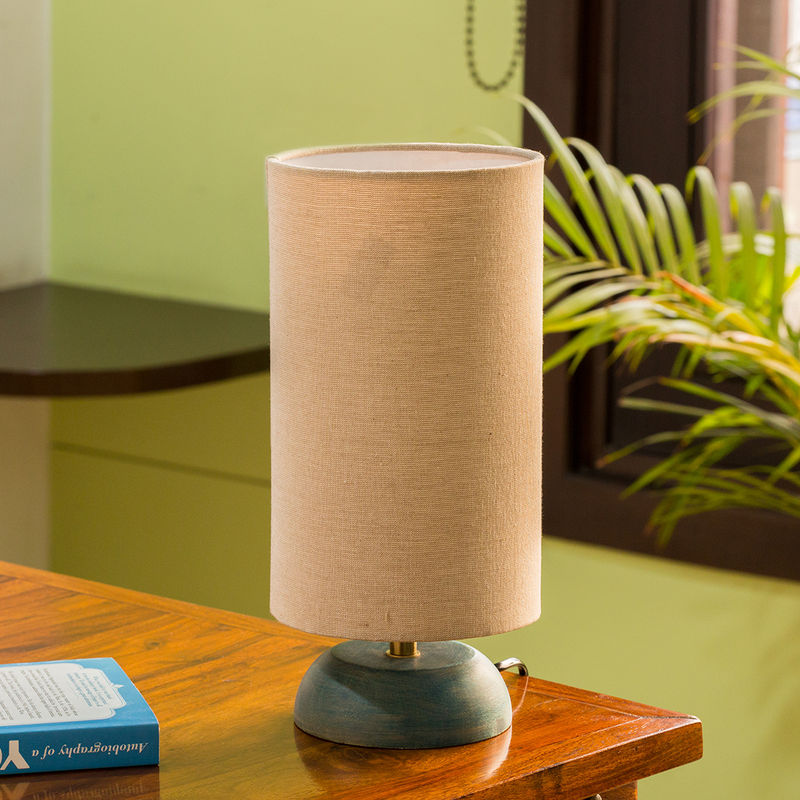 ExclusiveLane 'Faraday' Round Table Lamp In Mango Wood  13 Inch