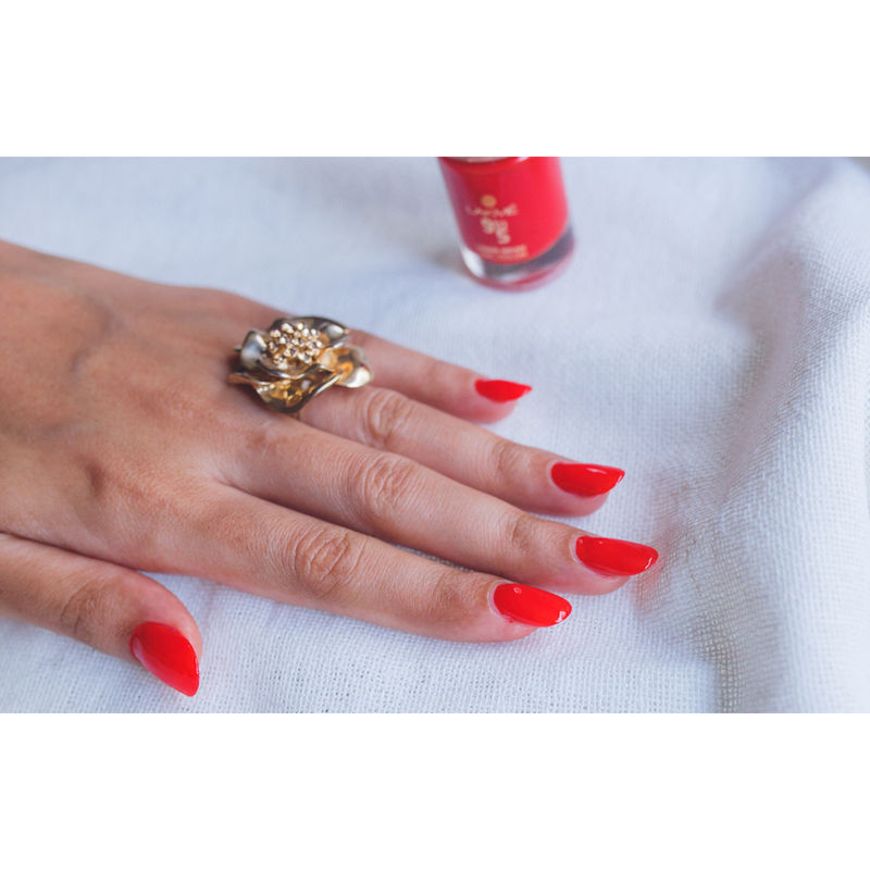 Buy Lakme 9 to 5 Long Wear Nail Color Online in India