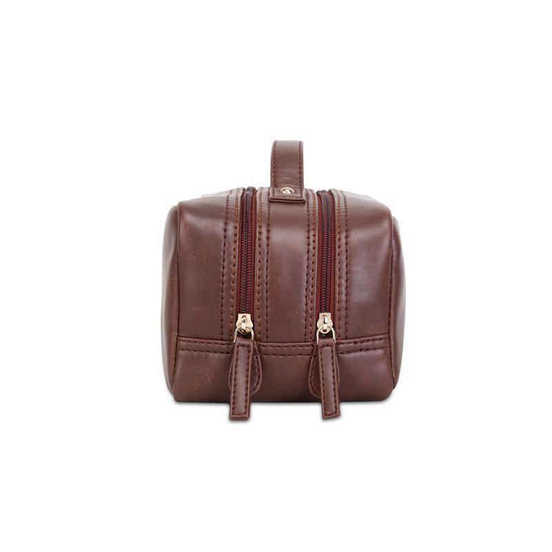 Yelloe Travelling Kit In Tan Travel Bags