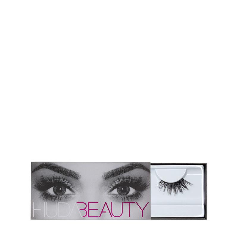 bbace5cdcd6 Huda Beauty Eazy Lash - Camille #16 at Nykaa.com
