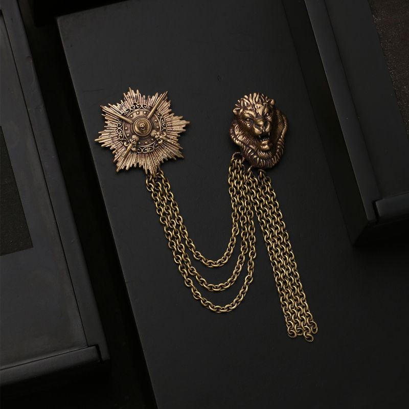 Cosa Nostraa Armoured Lion Brooch