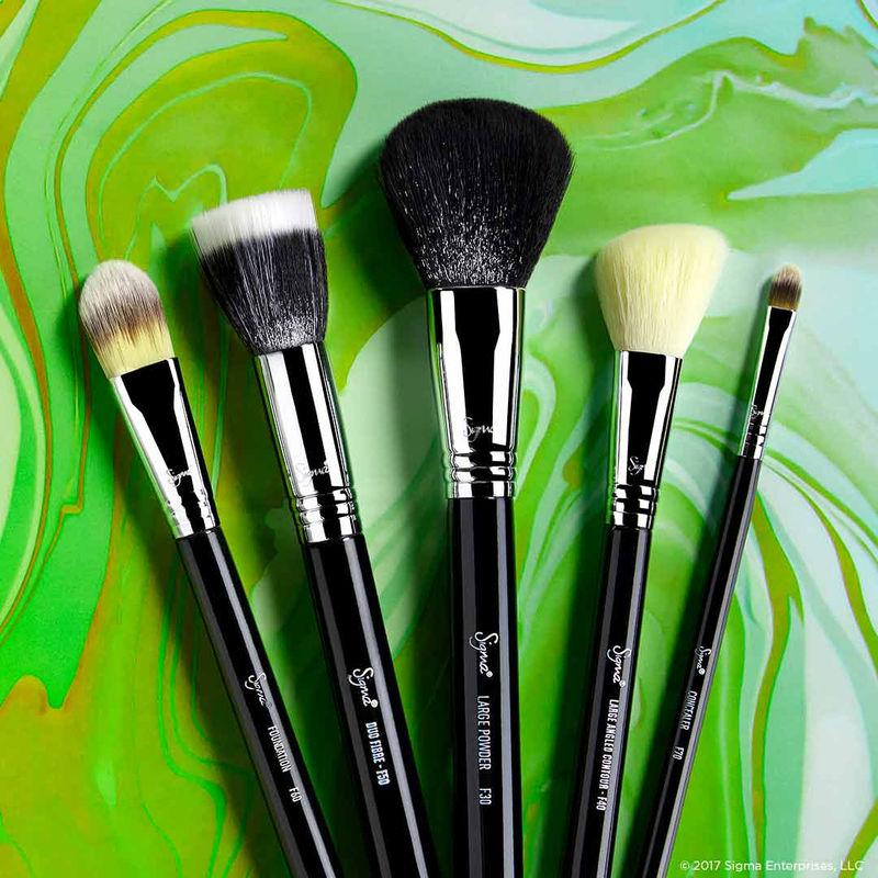 Makeup Brush Kit - Buy Makeup Brush Sets & Kits Online in