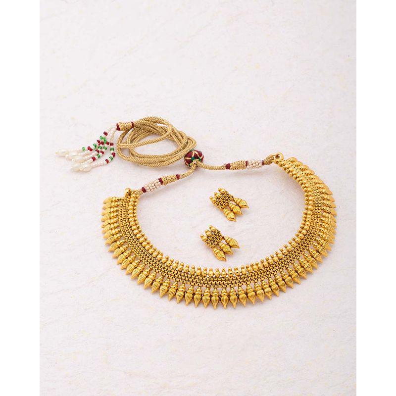 6411faa50b Voylla Gracious Gold Plated Sanskriti Necklace Set at Nykaa.com