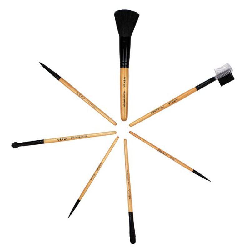 VEGA Set Of 7 Make Up Brushes   EVS 07